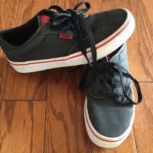 Boys vans sneakers size 3